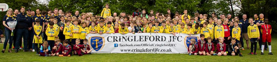 The whole club photo including all the children and coaches who attended Cringleford JFC Presentation